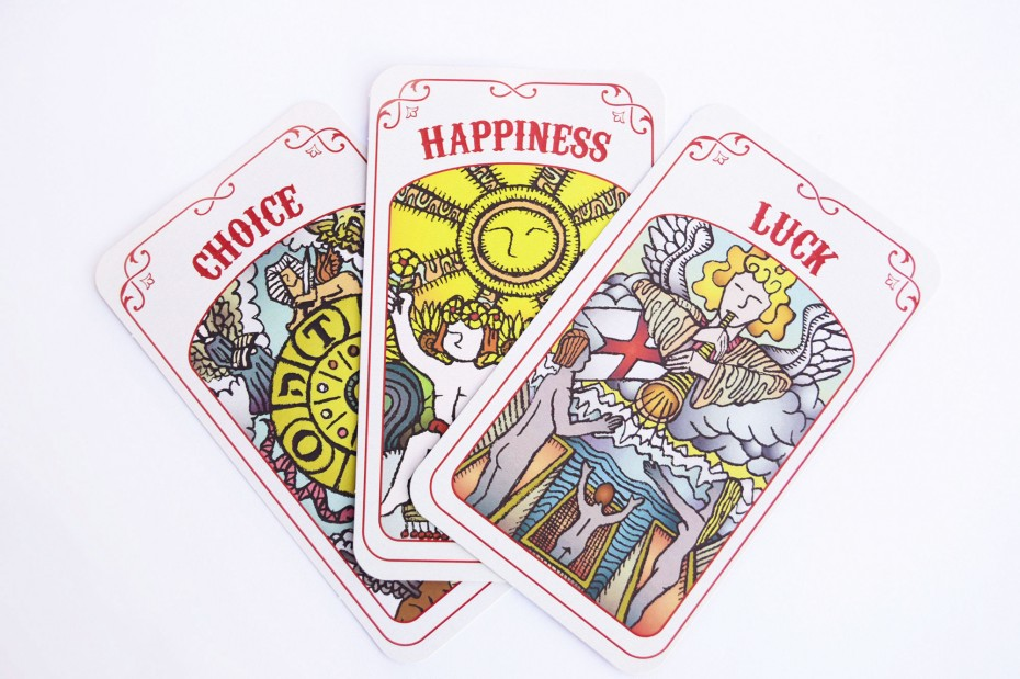 SEAT – Power to Predict the Future – Tarot cards.